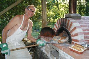 pain cuis dans four familial